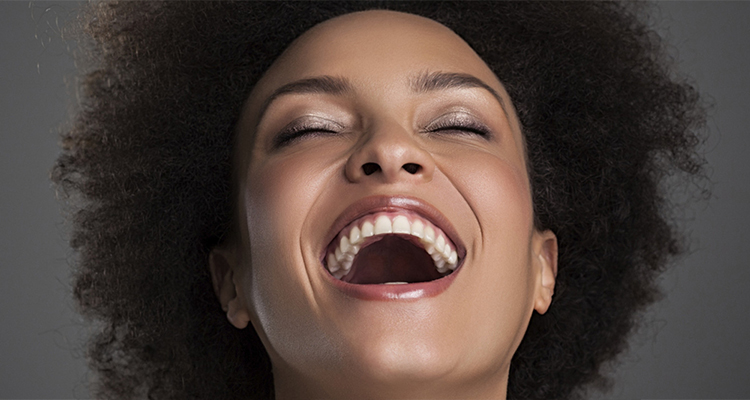 the many benefits of laughing